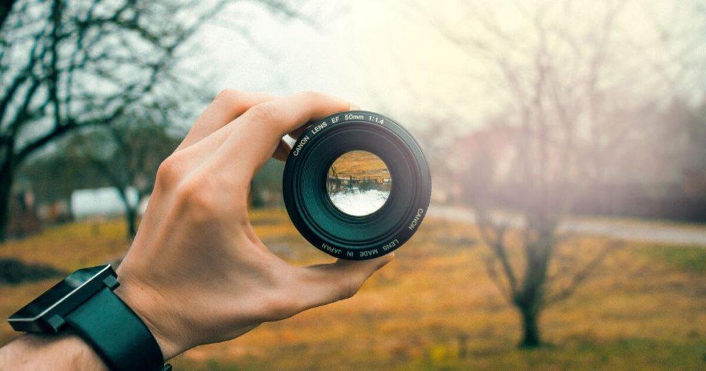 デジタル一眼カメラにおける、レンズの役割