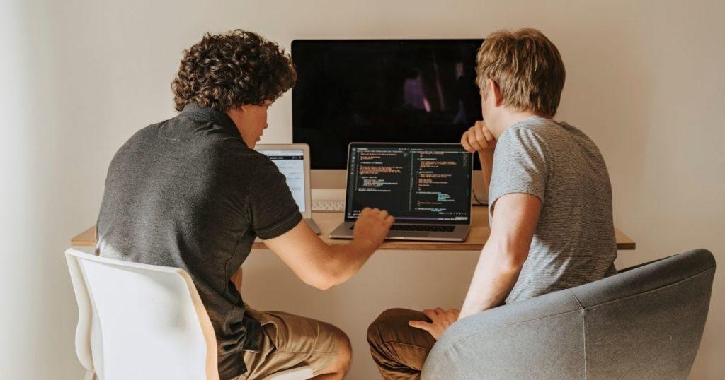 大学生におすすめの「プログラミング」って何?